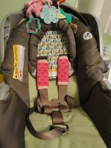 Car Seat Shoulder Straps Tutorial