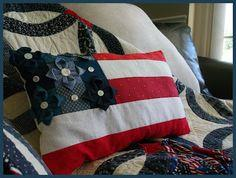 Red White & Bloom! Patriotic Pillow Tutorial