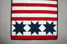 FREE Pattern – Patriotic Tablerunner