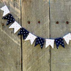 DIY Patriotic Mini Bunting