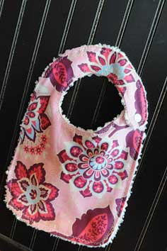 Easy Baby Bib Tutorial