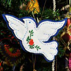 Make Felt Christmas Tree Ornaments