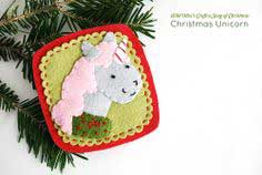 PROJECT: CHRISTMAS UNICORN FELT ORNAMENT
