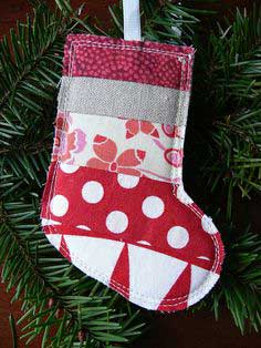 Tutorial: Scrappy Stocking Christmas Ornament