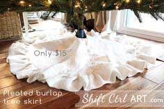 Pleated burlap tree skirt- DIY