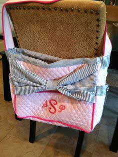 Because everything is better with a bow....Another diaper bag tutorial