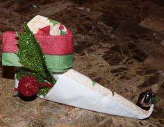 Christmas Napkin Fold - Elf Boot