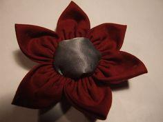How to make flower brooch