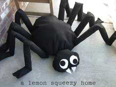 Giant Halloween Spider Tutorial: Craft With Your Kids Week, Project Five