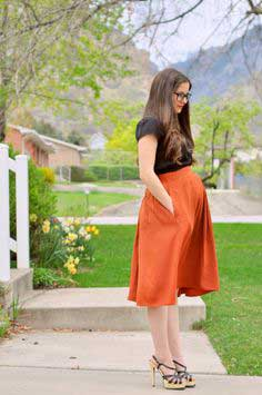 THE QUICK WAY TO SHORTEN AND TIGHTEN A SKIRT
