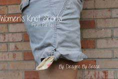 Women's Knot Shorts: Shorts on the Line