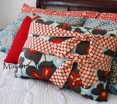 Decorate My Home, Part 6 – Pillow with Ties