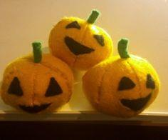 Tutorial - How to make a pumpkin pincushion plushie