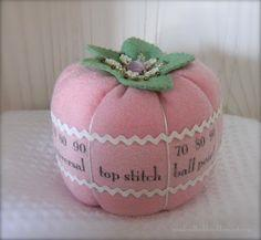 Tutorial: Sewing Machine Needle Pincushion