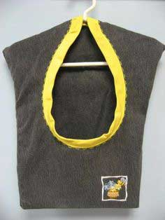 Recycle Jeans into a Clothes Pin Bag!