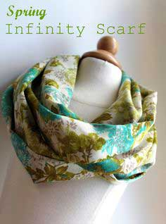 Lightweight Spring Infinity Scarf Tutorial