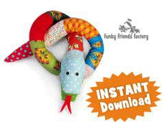 Silly Scrap Snake Toy Sewing Pattern – Photo Tutorial