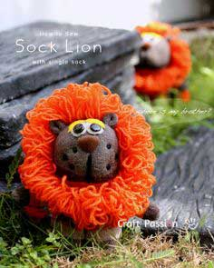 How To Sew Sock Lion (Single-Sock)