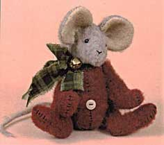 Christmas Mouse Felt Sewing Pattern