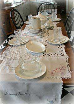 Shabby Linens Table Runner