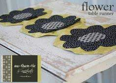 Sweetwater Flower Table Runner