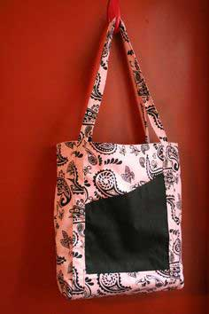 Convert an apron into a tote bag in an hour!