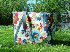 Summer Sewing ~ Insulated Picnic Tote