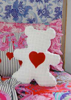 Sis Boom Beauregard Bear Free Pattern + Tutorial