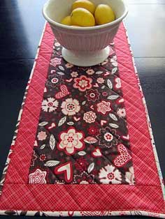 Valentine's Day Reversible Table Runner Tutorial