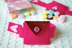 Valentine's Day Felt Heart Pocket Bracelet And Mini-Purse For Kids