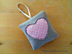 DIY Lavender Sachet using Vintage Style Fabric Tutorial - Peek-A-Boo Heart