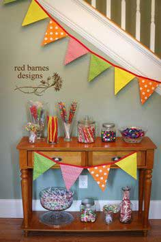 DIY Tutorial From a Catch My Party Member - How to Sew a Pennant Banner