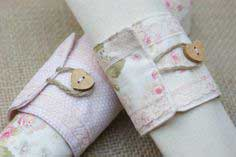 DIY Tutorial: Fabric Napkin Rings