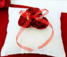 DIY Felt Rose Ring Bearer Pillow
