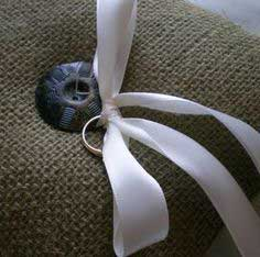 DIY Burlap Ring Bearer Pillow Tutorial