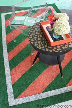 DIY Painted Astroturf Rug: Perfect